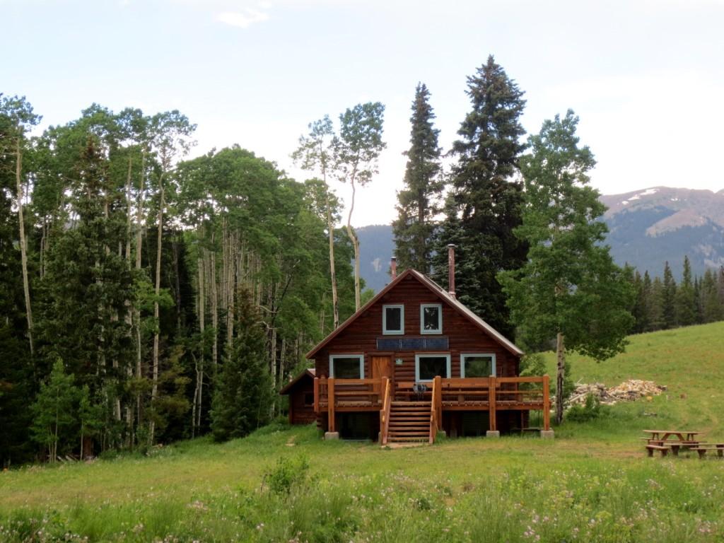 hut trip summer