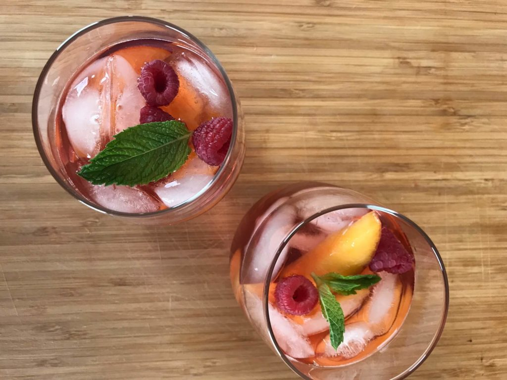 Rosé Sangria with Peaches and Raspberries - Recipe